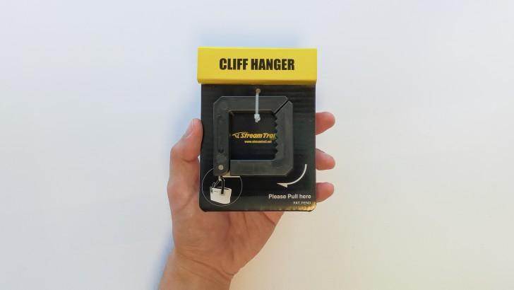 CLIFF HANGER01